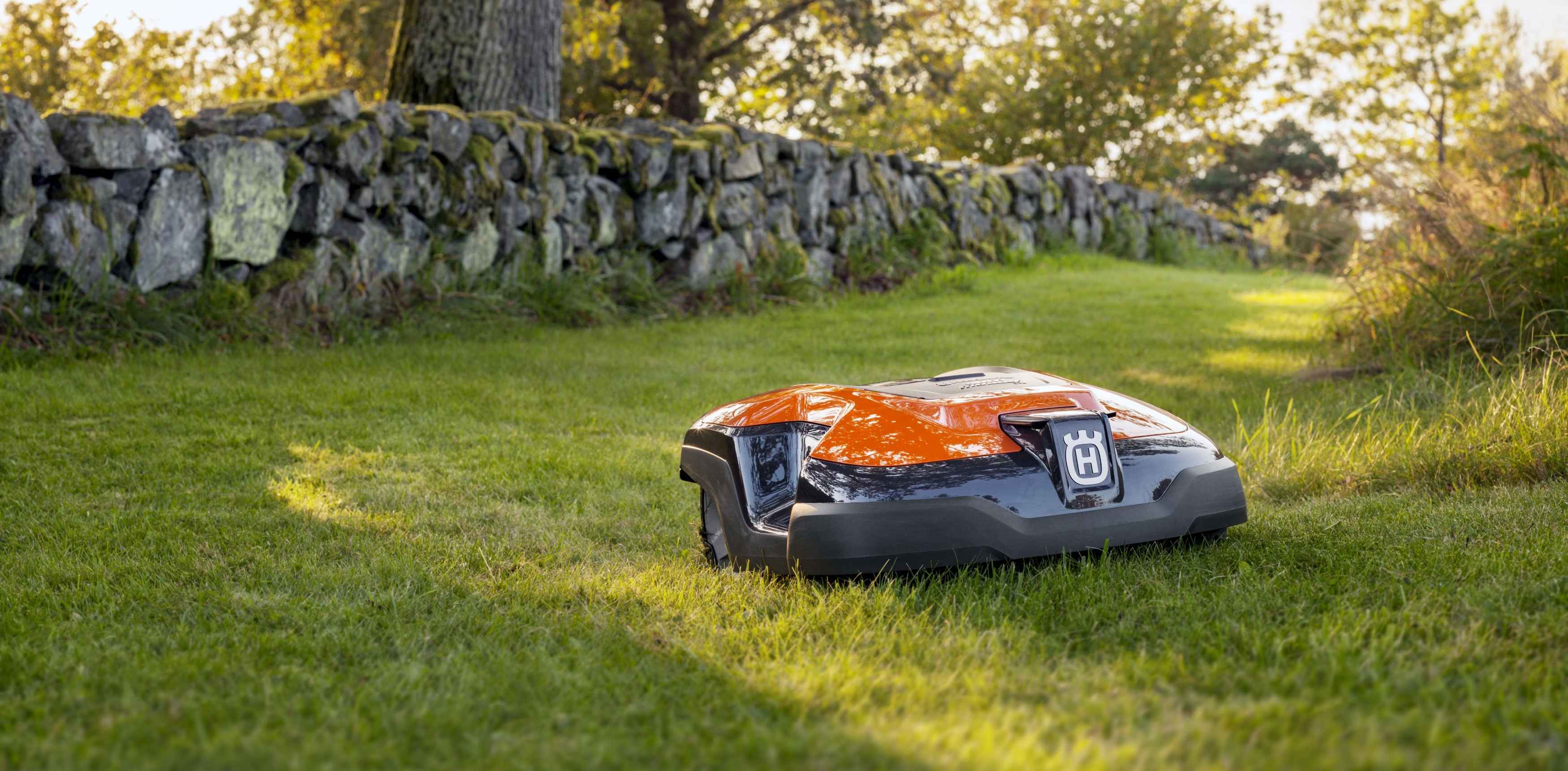 Robotic Automower – Husqvarna